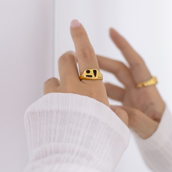 χρυσο δαχτυλιδι με μαυρο σμαλτο