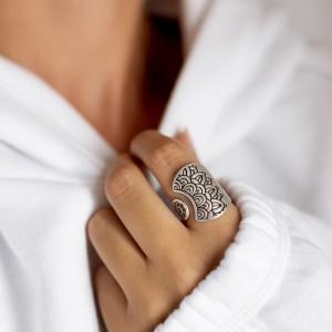 Mandala ring silver