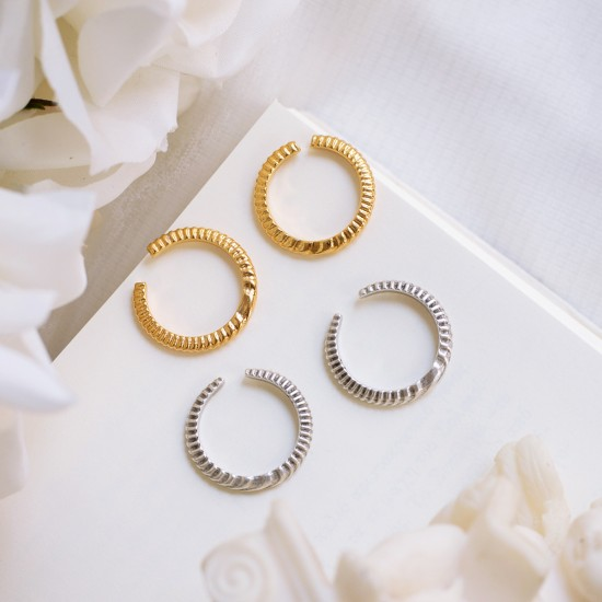 Stripes ring