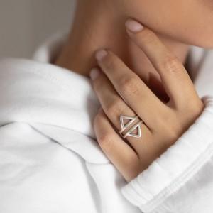 Symmetry ring silver