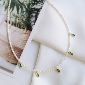 Analia necklace Green