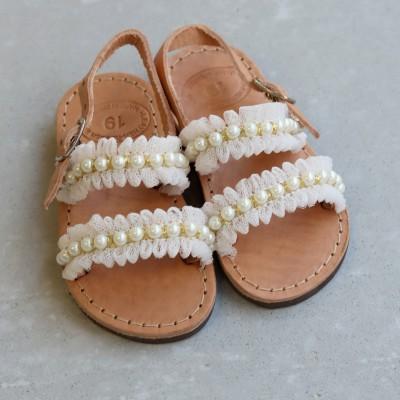 Παιδικά σανδάλια με Πέρλες