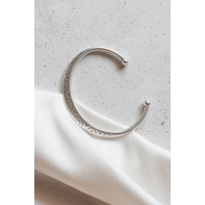 Cricles cuff