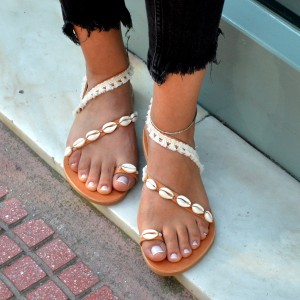 Shells leather sandals