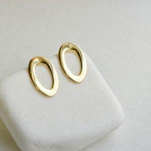 Καρφωτά σκουλαρίκια Οβάλ κρίκοι