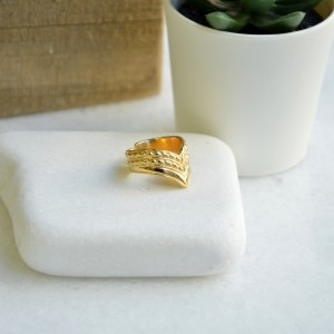 Bohemian ring V gold